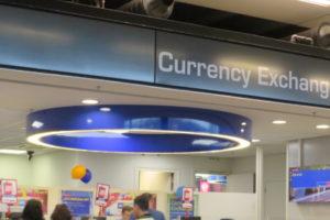 どんなメリットがある?銀行での外貨両替のメリット・デメリット